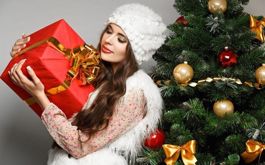 Надоело дарить подарки другим? Подарите себе – новые ОКНА за ПОЛЦЕНЫ!*