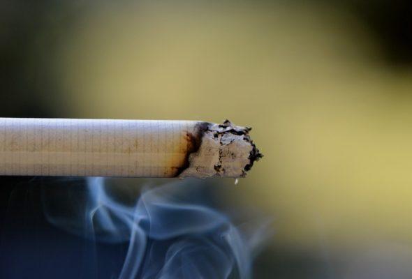 Британские ученые выяснили, что курение приводит к серьезным проблемам с психикой