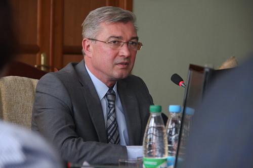 Новым министром здравоохранения стал Валерий Малашко. Лукашенко попросил у него прощения