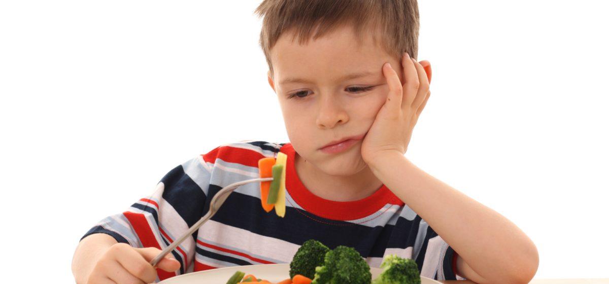 Ученые объяснили, почему дети не любят овощи и фрукты