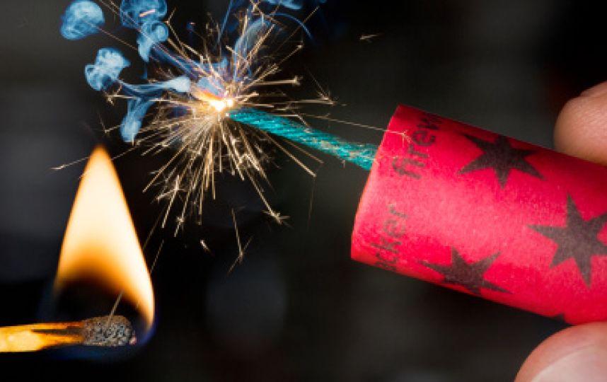 В Речице подростку самодельной петардой оторвало часть пальца