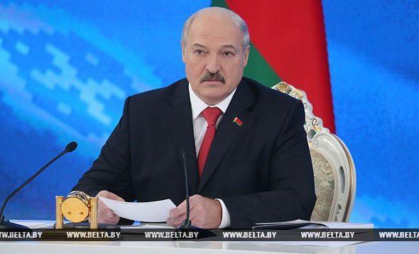 Лукашенко: Мы руководителей не можем найти нормальных для того, чтобы управлять предприятием