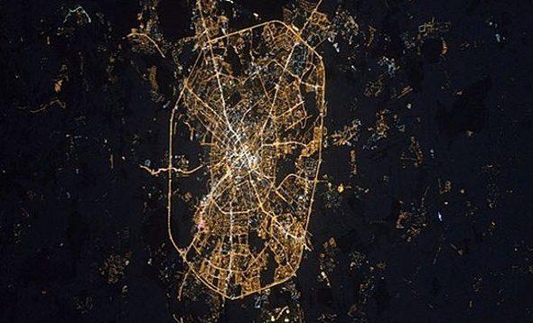 Космонавт Олег Новицкий сфотографировал ночной Минск из космоса