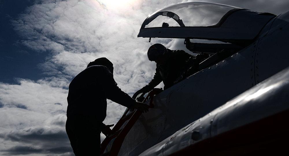Полеты боевой авиации на аэродроме под Бобруйском прекращены