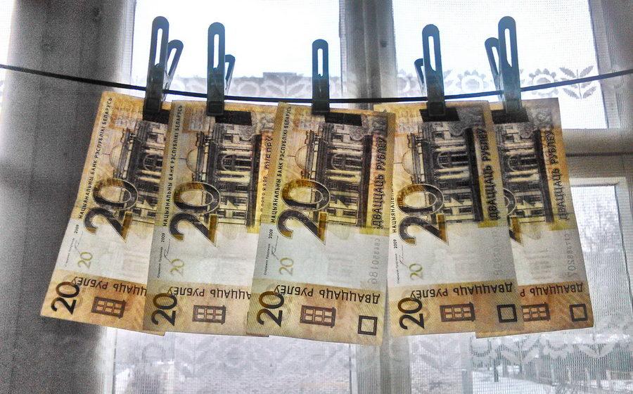 В Министерстве труда объяснили, почему у бывших чиновников такие большие пенсии
