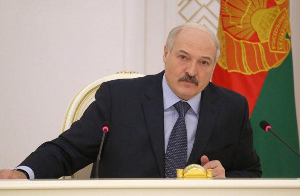 Лукашенко обвинил «пятую колонну» в нагнетании обстановки внутри Беларуси