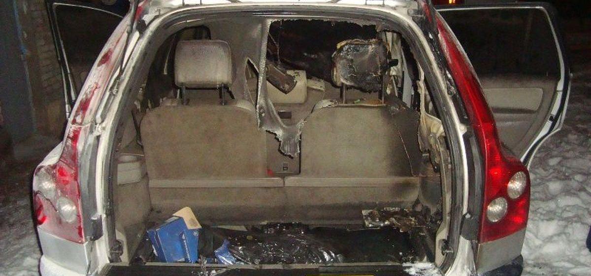 В Барановичах 11 февраля горел автомобиль