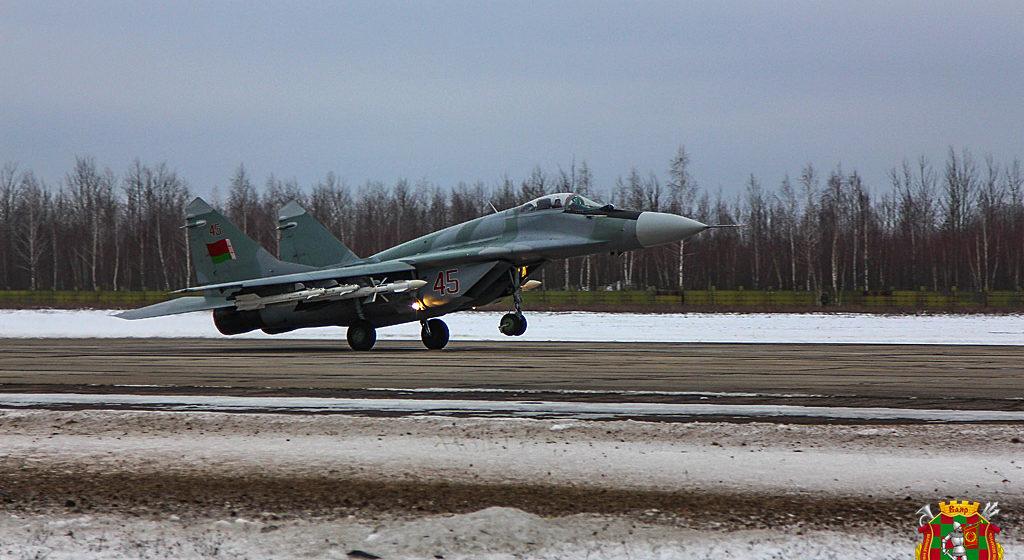 Подарок с условием. Почему Беларусь подарила Сербии четыре МиГ-29