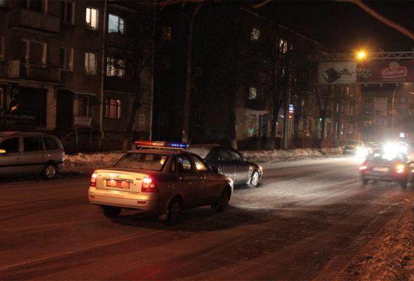В Барановичих на улице Комсомольской автомобиль сбил женщину