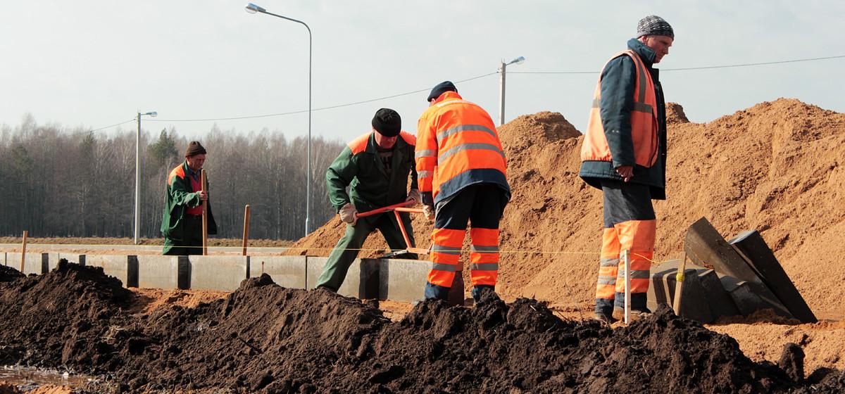 На Мышанке началось строительство автостоянки