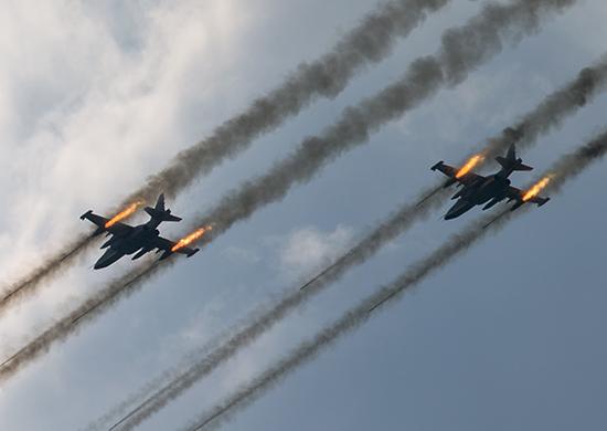 Российские ВВС нанесли ракетный удар по турецким военным: есть погибшие