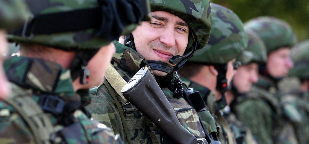 Дембельский альбом. Жители Барановичей вспоминают армейские будни