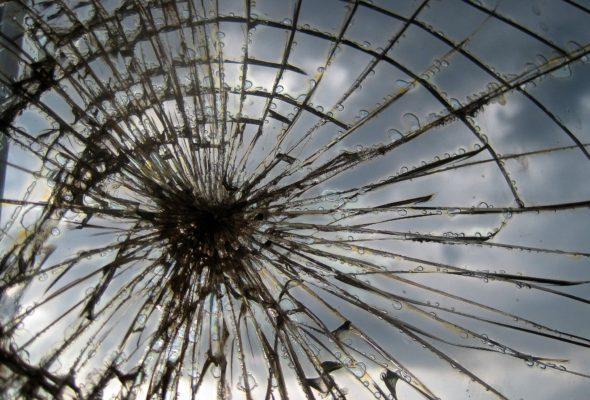 В Туле вандалы забросали камнями пассажирский поезд «Караганды – Барановичи»