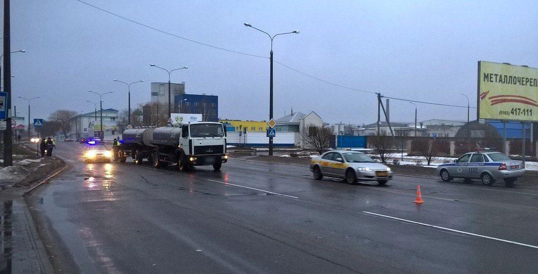 В Барановичах МАЗ сбил девушку на пешеходном переходе