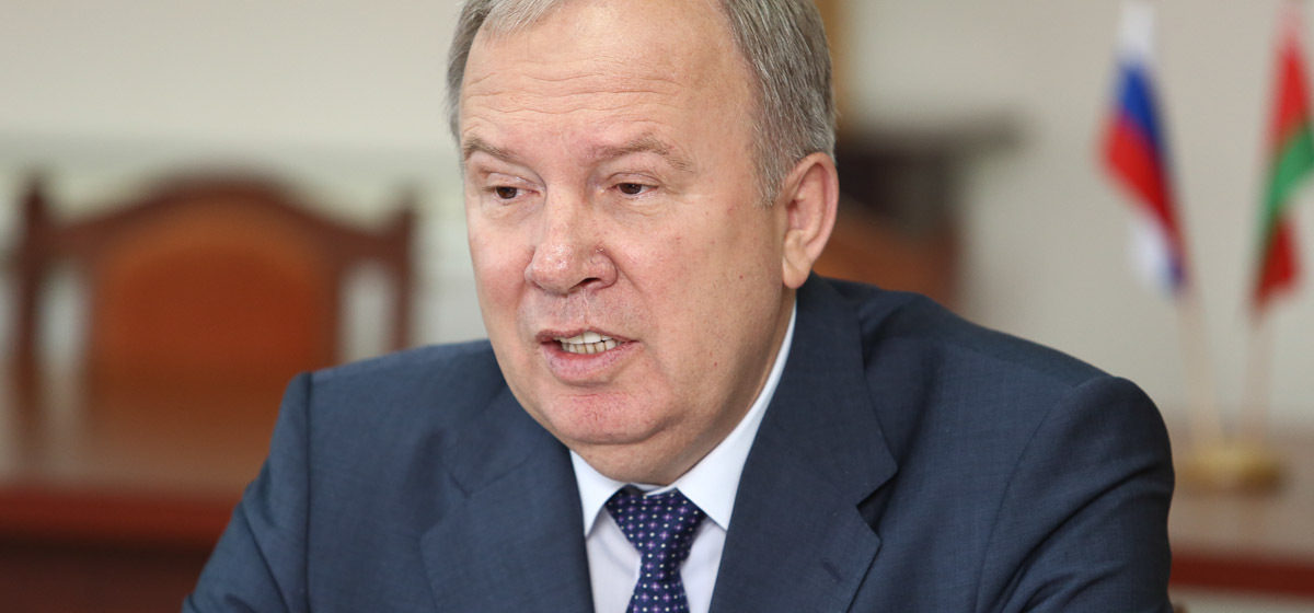 Вице-премьер поручил дать правовую оценку услуг по написанию курсовых и дипломных для студентов