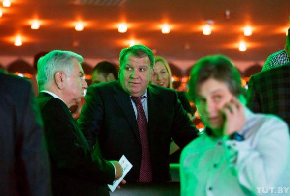 В конце января 2017 года Юрий Чиж покинул пост гендиректора компании «Трайпл»