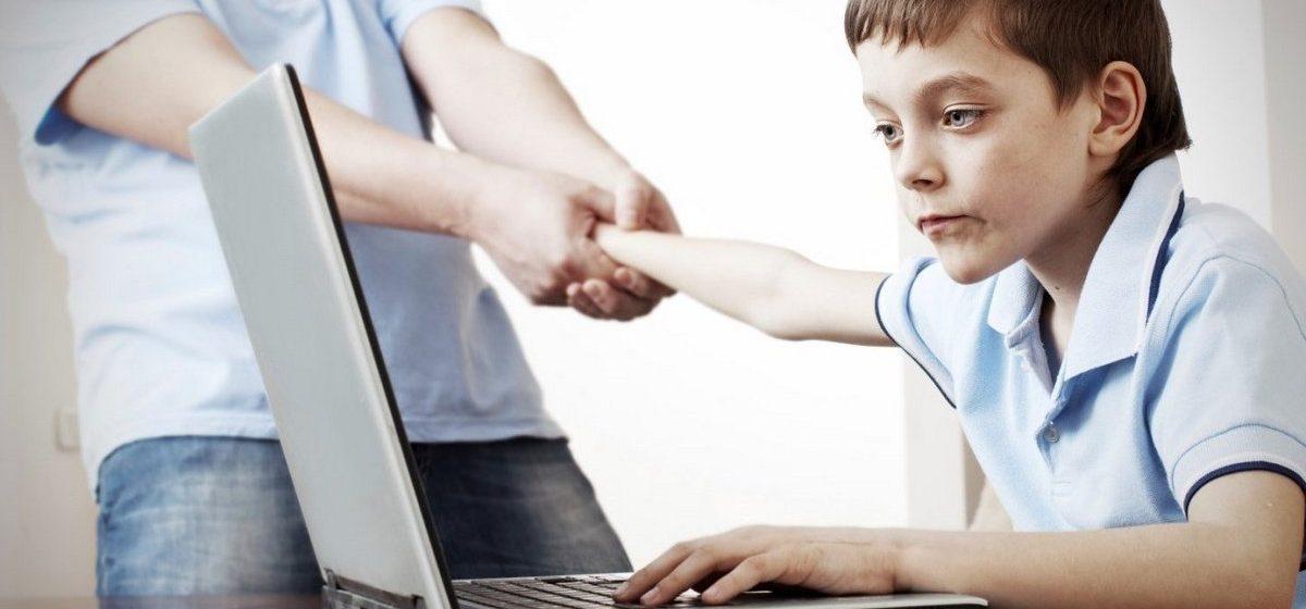 Лишь 3% белорусов в возрасте 16–24 лет не пользуются соцсетями