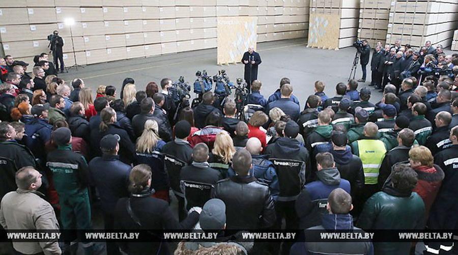 Лукашенко рассказал, почему в последнее время в Беларуси активизировалась «пятая колонна»