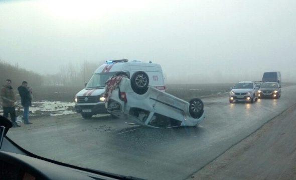 Под Новополоцком водитель не справился с управлением и его автомобиль перевернулся