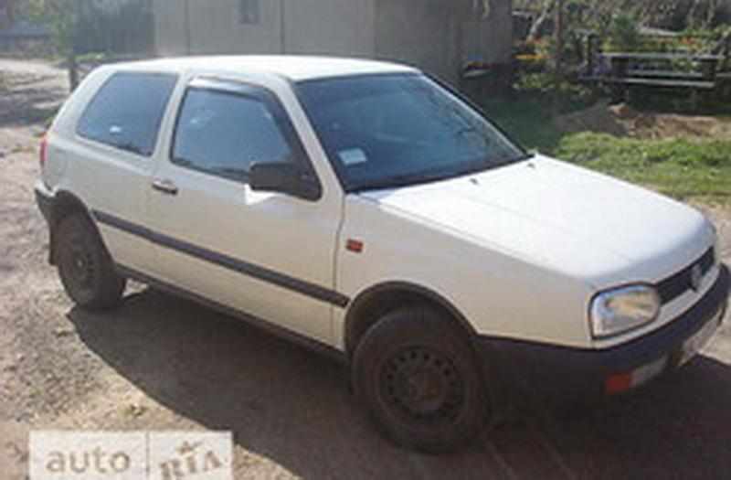 В Барановичах на улице Тельмана угнали автомобиль