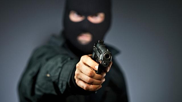 В Гомеле прохожие обнаружили мужчину с пулевым ранением
