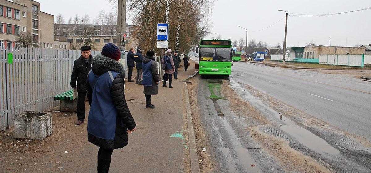 Рейсов от кладбища Русино станет меньше. Автобусный парк корректирует расписание