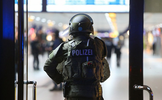 Мужчина с топором на вокзале в Дюссельдорфе напал на людей