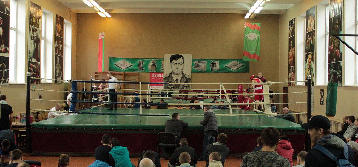 Девять барановичских боксеров стали победителями республиканского турнира