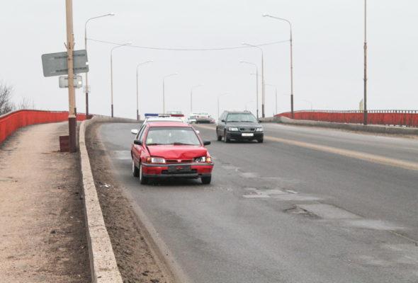 В Барановичах на путепроводе Полесский произошло ДТП