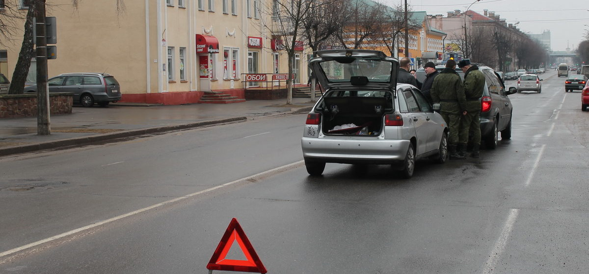 В Барановичах на улице Комсомольской произошло ДТП