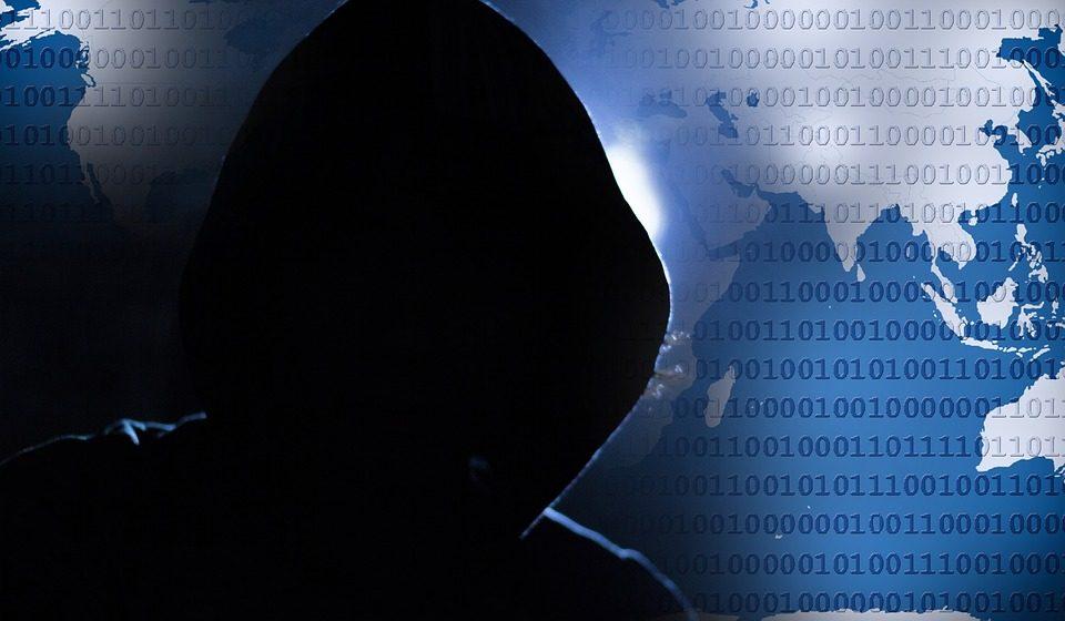 «Показать, кто в Беларуси хозяин»: эксперты комментируют взломы аккаунтов Рыженкова и Следственного комитета