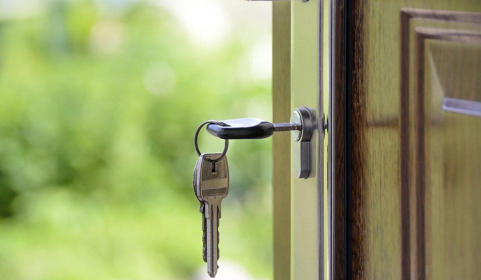 Льготникам, взявшим на жилье коммерческие кредиты, планируют выдавать субсидии