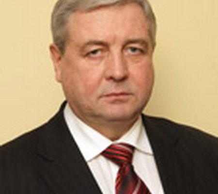 Семашко заявил, что граждане должны минимум на 50% одеваться в белорусское