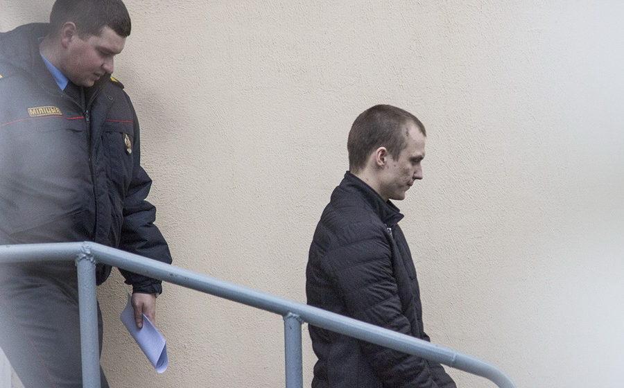 Бывшего помощника прокурора Бреста судят за хранение и сбыт спайса
