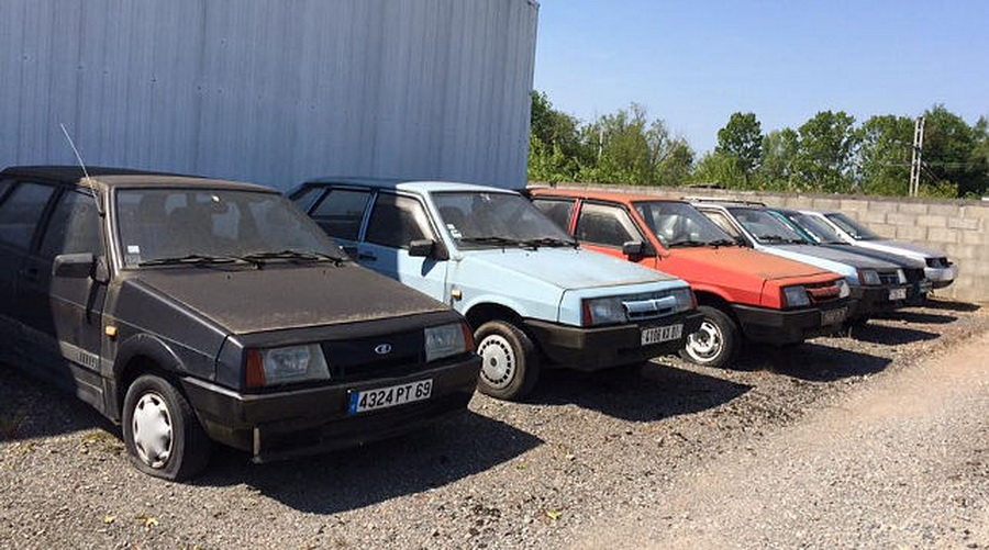 Во Франции нашли заброшенный дилерский автоцентр с автомобилями «Лада»