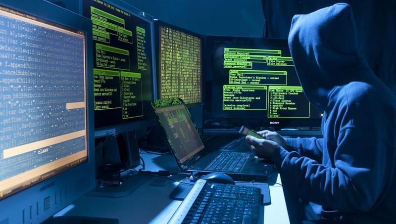 Белорусский хакер вместе с напарниками украл в США 5 млн долларов