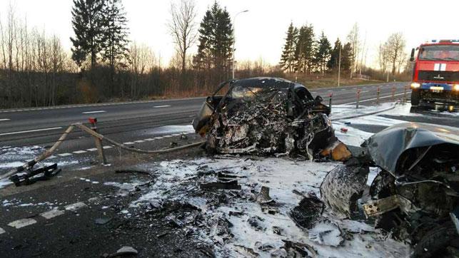На Витебщине лоб в лоб столкнулись Mazda и Infiniti: два человека погибли