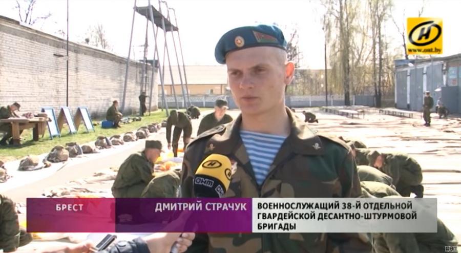 В Витебской области белорусский десантник на высоте 80 метров спас жизнь своему сослуживцу