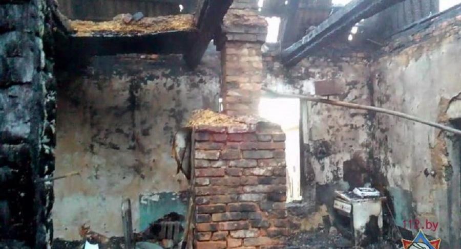 В Могилевской области на пожаре в жилом доме погибли шесть человек