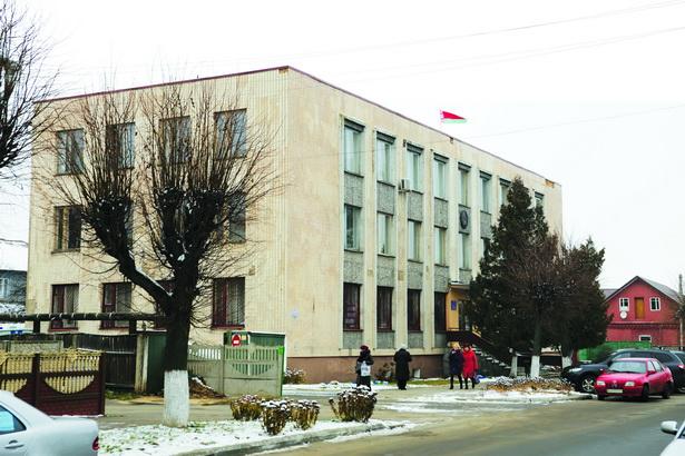 Житель Барановичей попросил суд не наказывать строго девушку, заразившую его ВИЧ