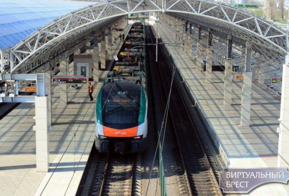 БЖД на Радоницу пустит три дополнительных поезда межрегиональных линий