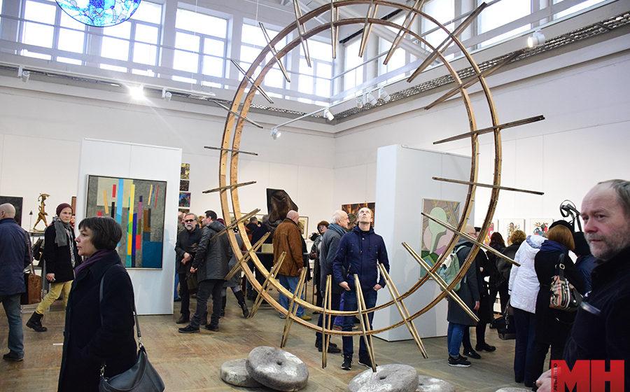 Работы барановичского художника отобрали для участия в республиканском проекте, посвященном  юбилею Шагала