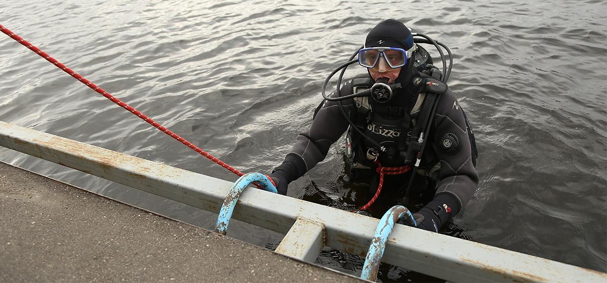 Как на Мышанке тренируются барановичские водолазы