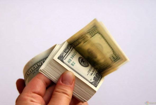 Россия выделит Беларуси около миллиарда долларов кредита