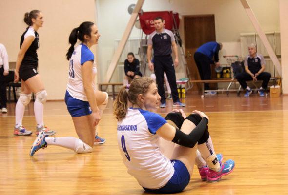 Барановичский «Атлант» пока уступает в бронзовом суперфинале чемпионата Беларуси по волейболу