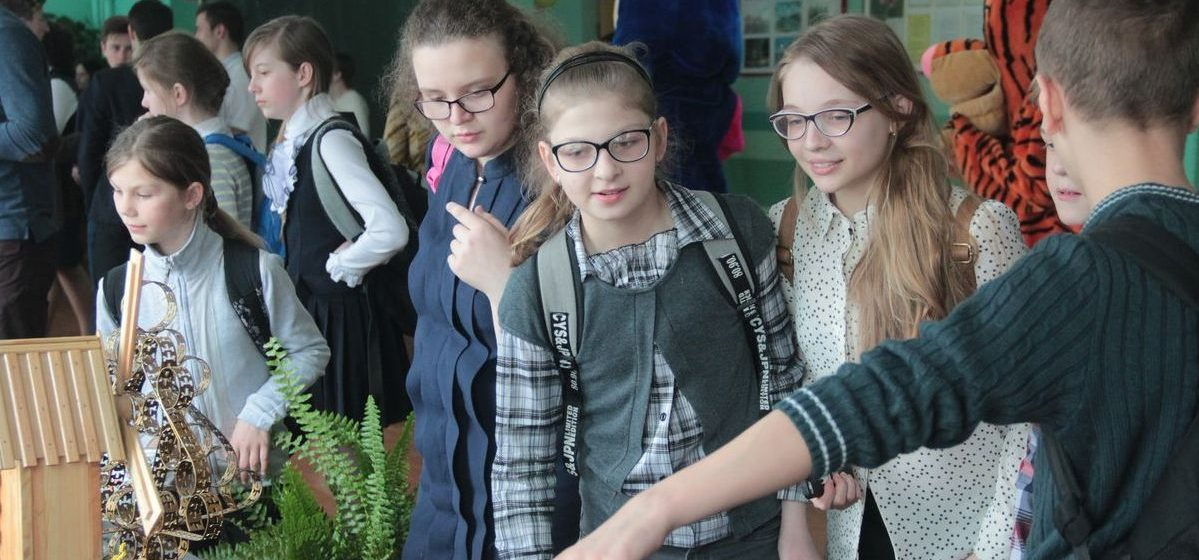 В барановичской школе прошла акция «Мой выбор – жить с позитивом»