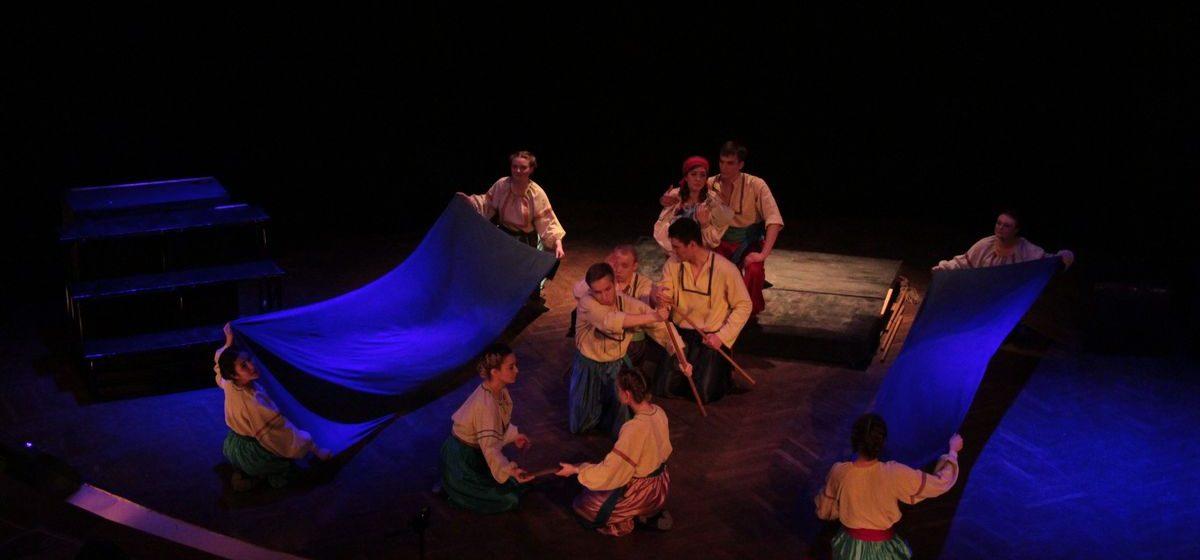Что происходит за кулисами театрального фестиваля «Параллельные миры» в Барановичах