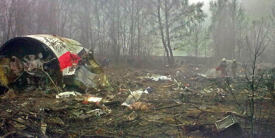 В Польше Подкомиссия раскрыла новые подробности крушения самолета Качиньского