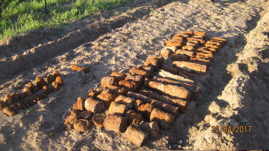В Речицком районе рабочие нашли 93 боеприпаса прямо под нефтепроводом