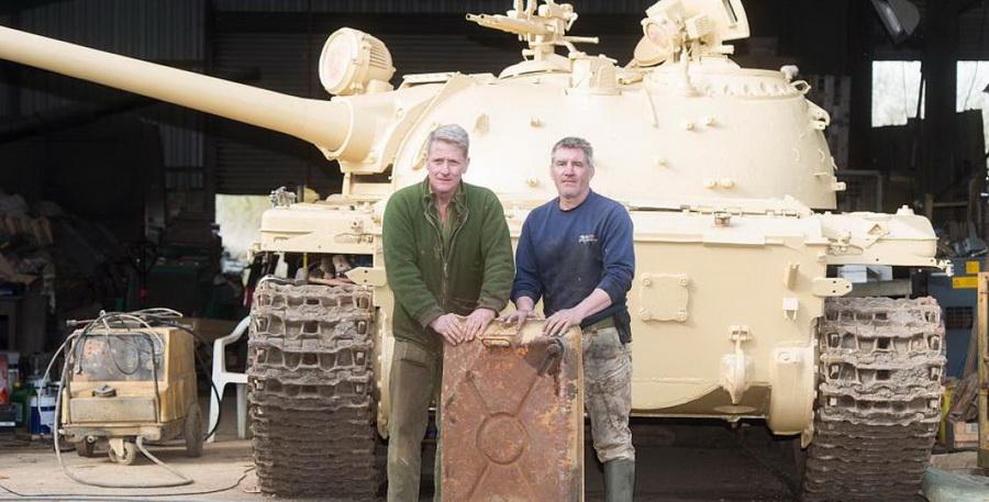 Англичанин купил на eBay советский танк и нашел в нем пять золотых слитков